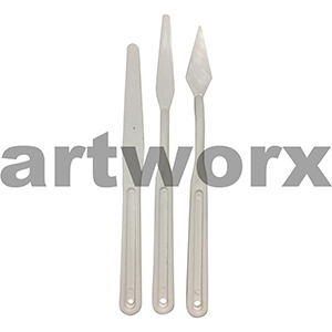 3 Assorted Plastic Palette Knives