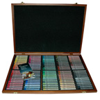 120pc Round Soft Pastel Set Wooden Box Mungyo